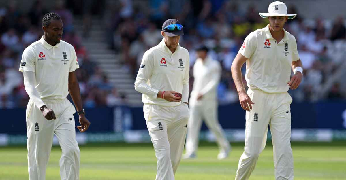 England pay the price for pace-heavy attack on rank turner