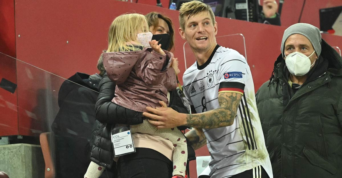 Kroos with his family