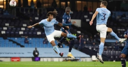 Premier League: City beat Arsenal; United rally to down Newcastle