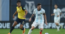 2022 World Cup qualifiers: Messi penalty gives Argentina winning start