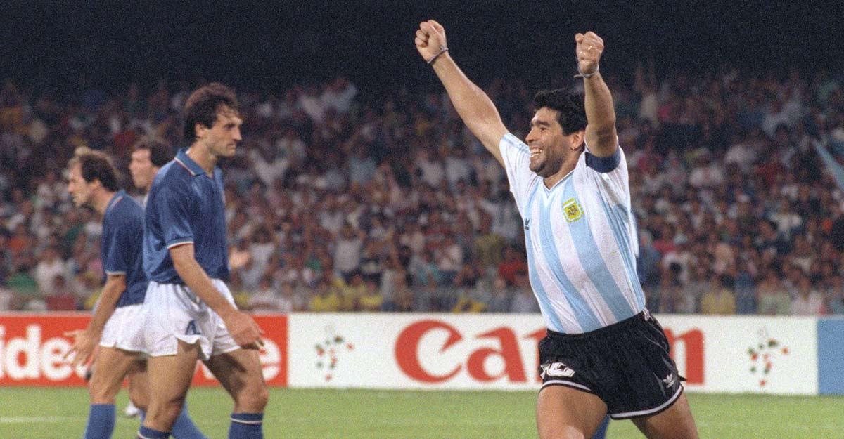 World mourns Diego Maradona