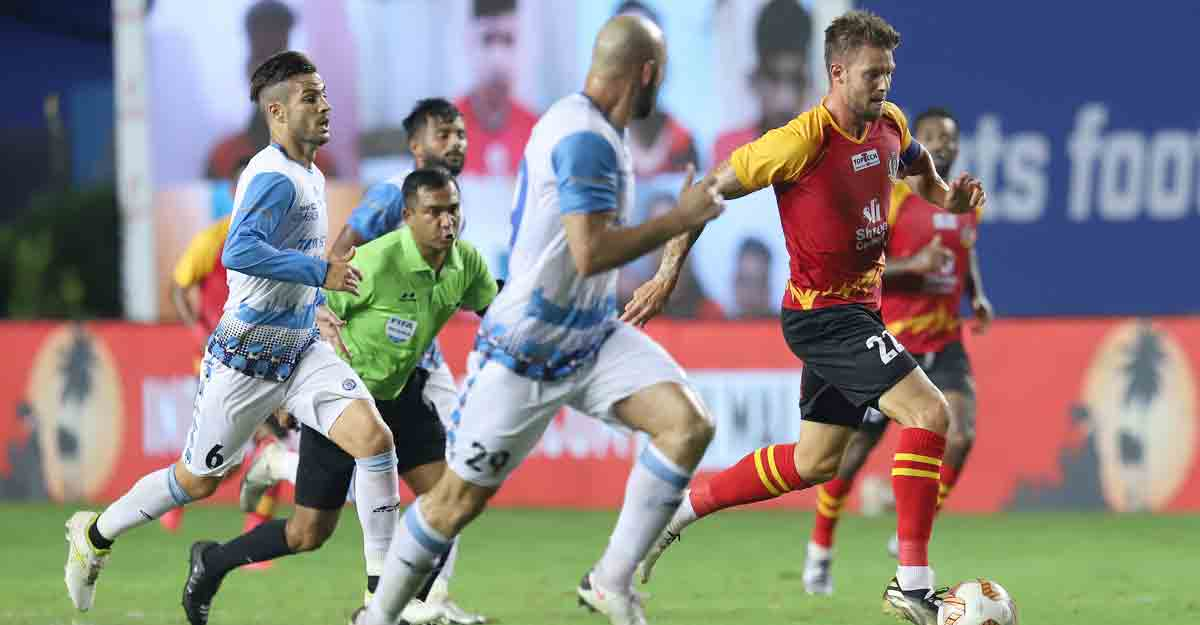 10-man SC East Bengal hold Jamshedpur, pocket first point after three losses