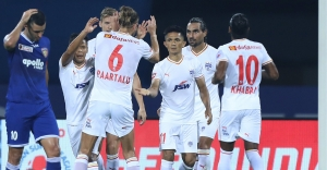 ISL: Chhetri penalty hands Bengaluru first win