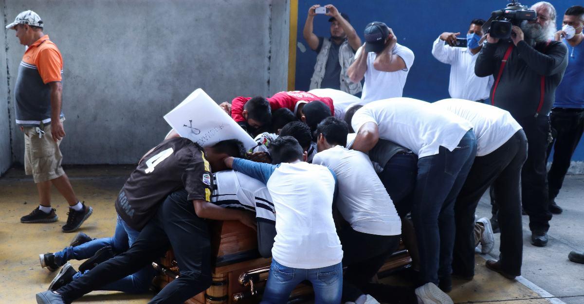 Teammates bid emotional adieu to murdered Mexican teen footballer