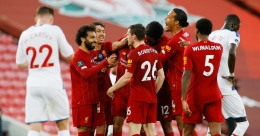 Liverpool on the verge of title triumph with crushing win over Palace