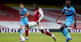 Premier League: substitute Nketiah wins it for Arsenal