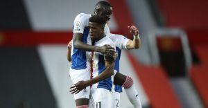 Zaha brace hands Palace shock win over Manchester United