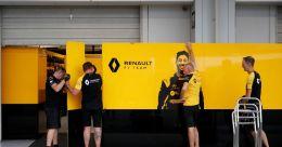 Renault furlough 'vast majority' of F1 team till May-end