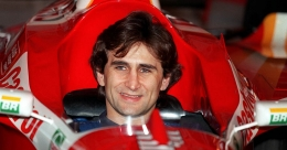 Former F1 driver Zanardi in serious condition following handbike accident