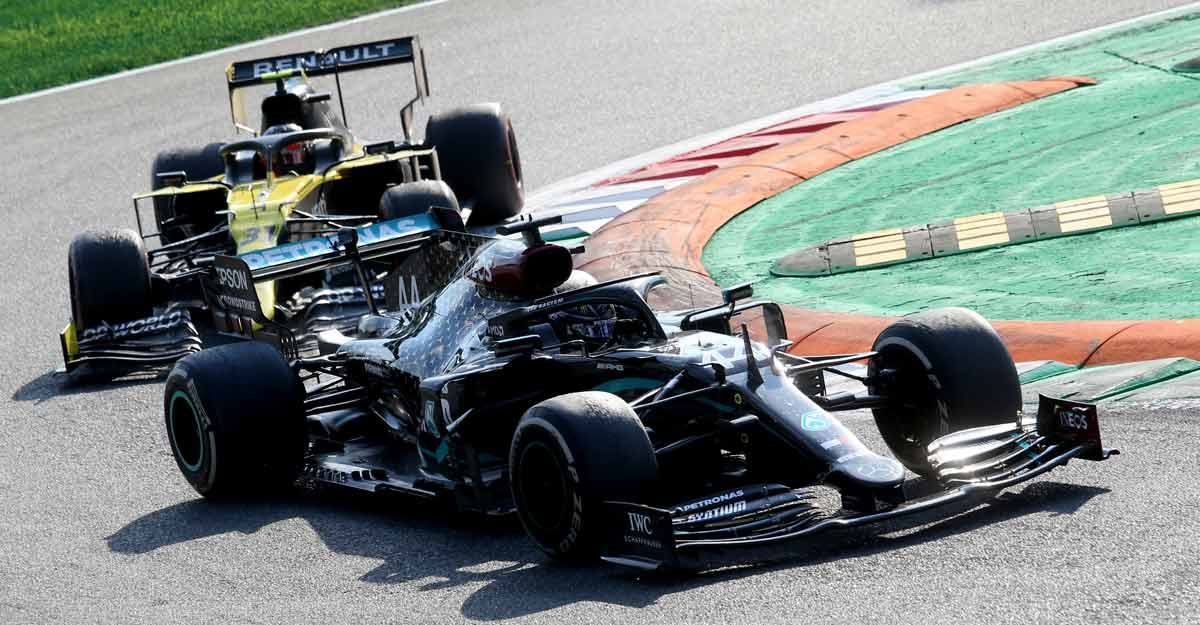 Mercedes take the blame for Hamilton's Monza error