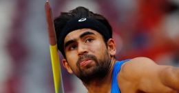IOS Sports signs javelin thrower Shivpal Singh