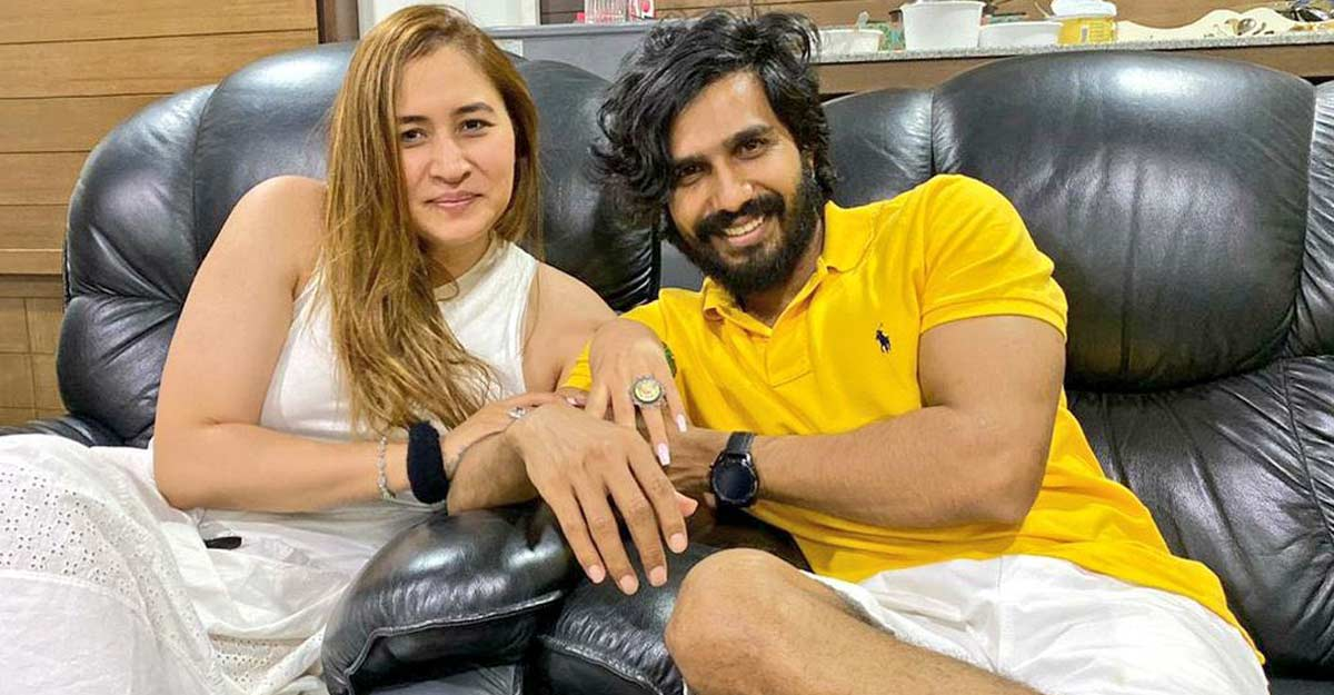 Jwala Gutta gets engaged to actor Vishnu Vishal