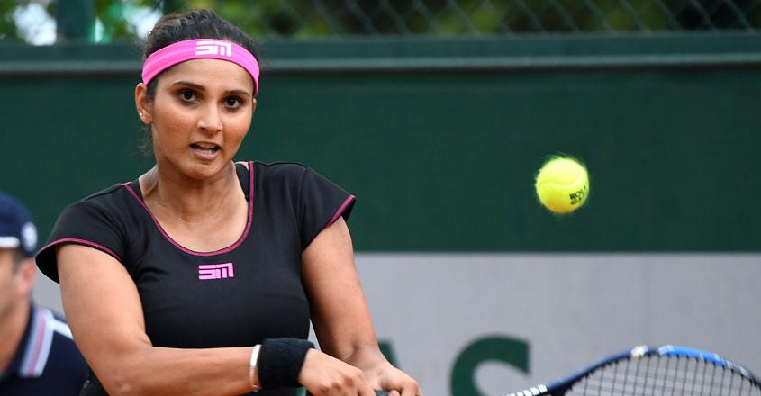 Sania enters women's doubles semifinals of Hobart International