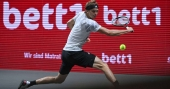 Zverev wins maiden title of the year