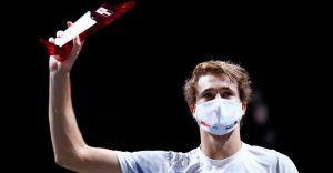 Zverev routs Schwartzman to complete Cologne double