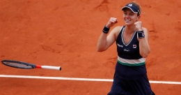 Podoroska becomes first qualifier to reach French Open semifinals