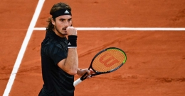 Tsitsipas overpowers Rublev to reach French Open semifinals