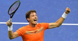US Open: Carreno Busta outlasts Shapovalov, seals place in semis