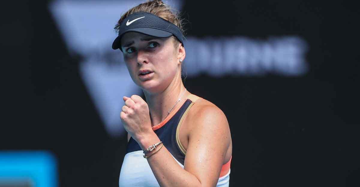 Australian Open: Svitolina sails into fourth round