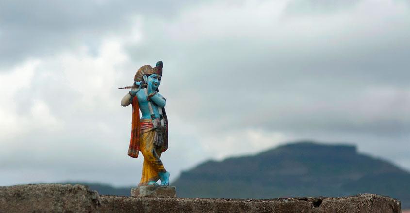 On Tamil Sangam trail across Thailand
