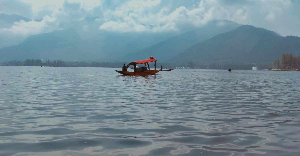 Shikara ride on Dal Lake.