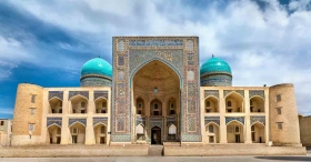 Uzbekistan to compensate USD 3,000 if a visitor contracts COVID-19