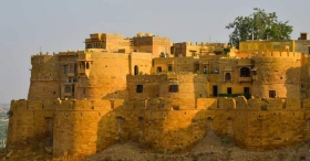 The Jaisalmer fort where thousands of people live rent-free
