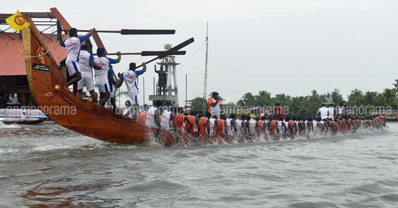 Decoding Nehru Trophy Boat race and why you should add it to your Kerala itinerary