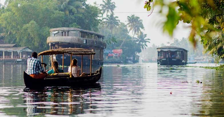 travel-kerala-story