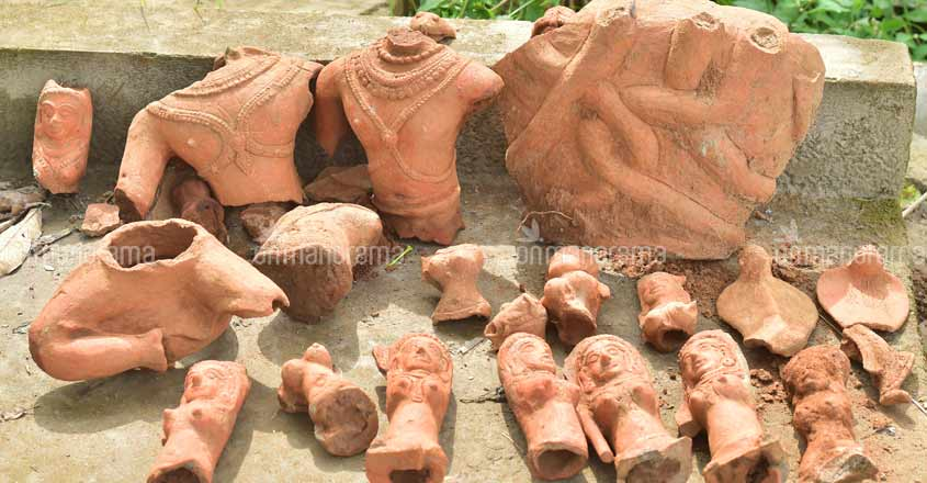 Centuries-old terracotta artefacts found on Pampa banks