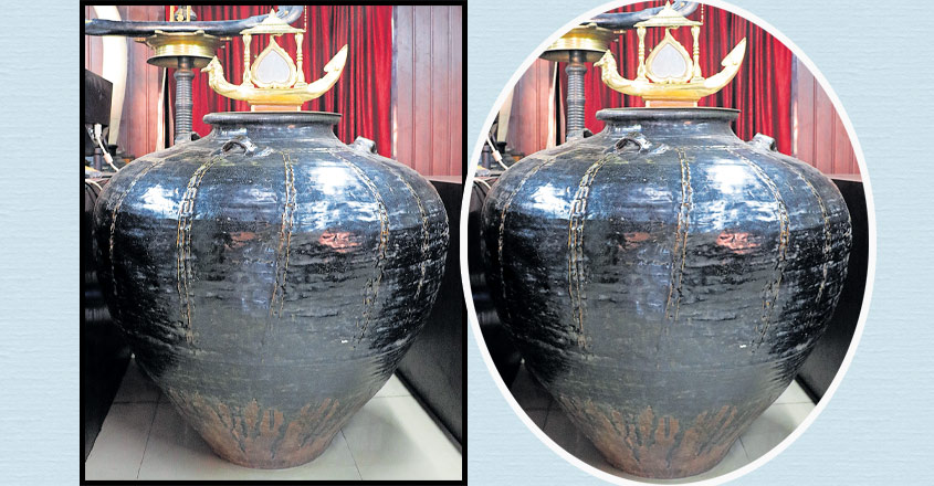 Ancient Chinese jars draw crowds to the Aranmula temple