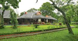 Get a royal hangover at Lake Palace in Thekkady