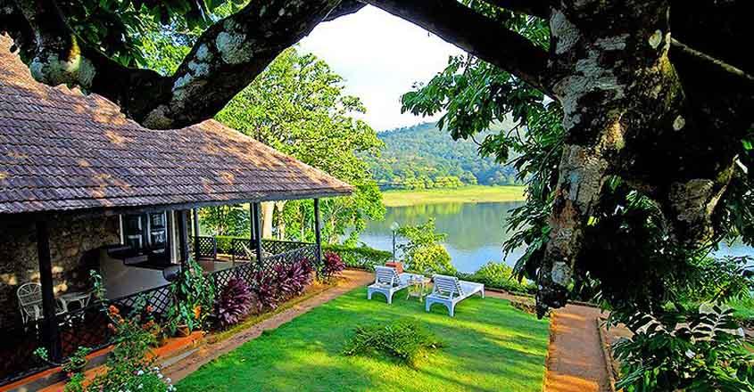 ktdc-lake-palace-resort-thekkady-view