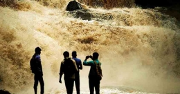 Waterfalls that come to life in Idukki during monsoons