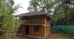 Pretty Kanthalloor mud house syncs with nature