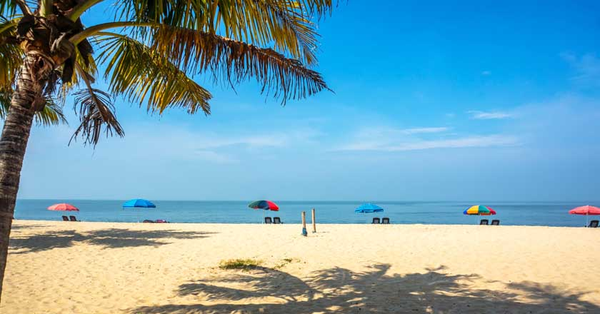 Alappuzha, Marari: Two among the most scenic beaches in Kerala