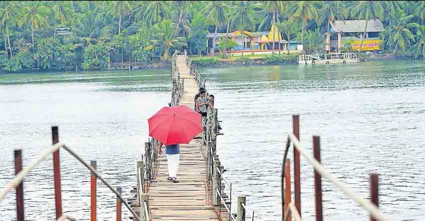 Houseboat haven of Malabar