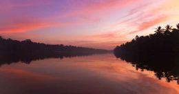 Monsoon Travel: Cruise on Ashtamudi Lake in Kollam