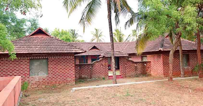 heritage-village-building