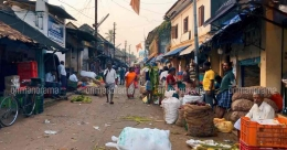 Chala market: A one-stop street in Thiruvananthapuram for the shopaholic in you