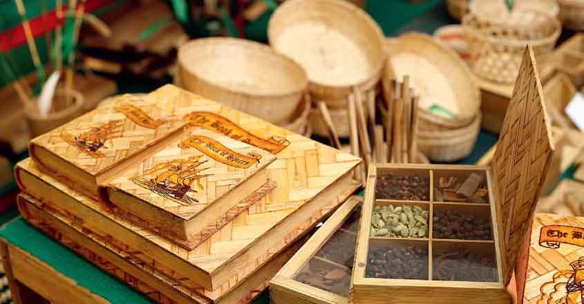 bamboo-spice-box