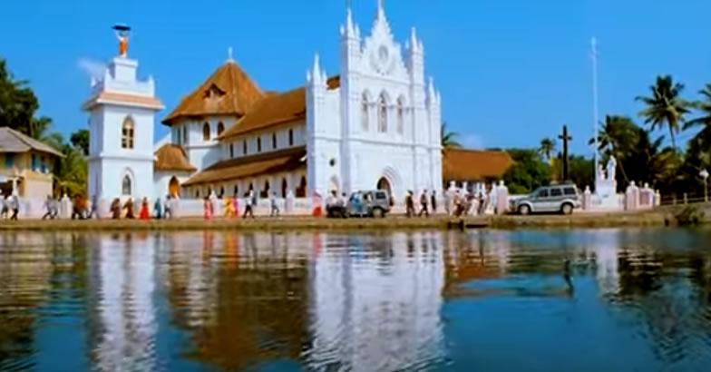 The story of that church in Vinnaithaandi Varuvaayaa