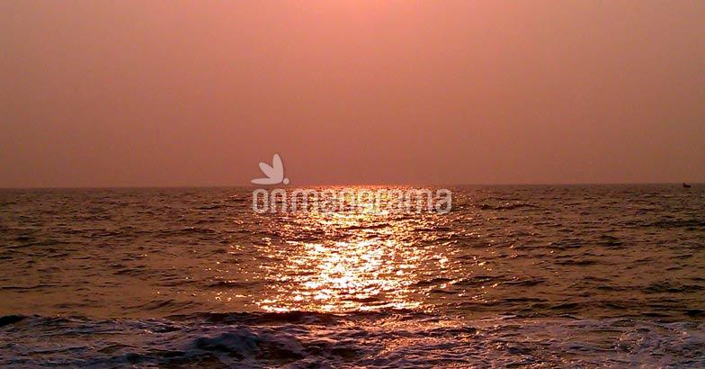 A sunset view from Thaickal beach