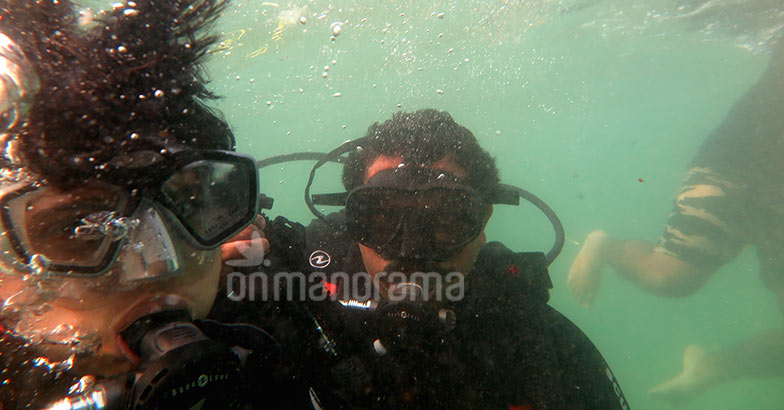 Exploring the life underwater at Kovalam