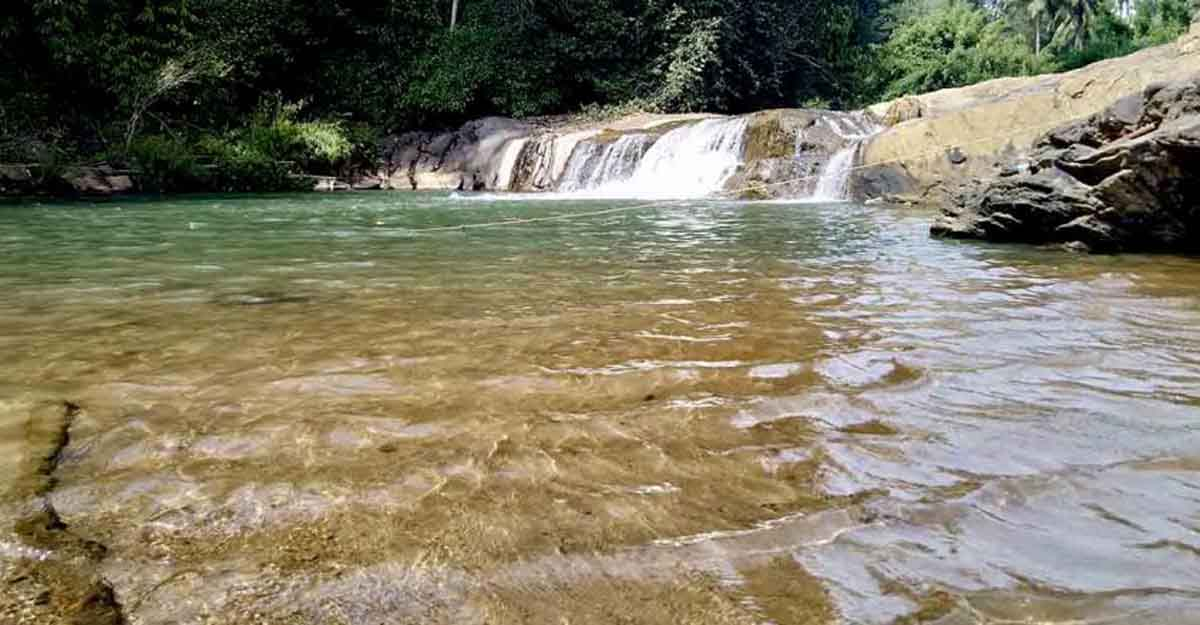 Take a splash in Nature's swimming pool at Kanthanpara