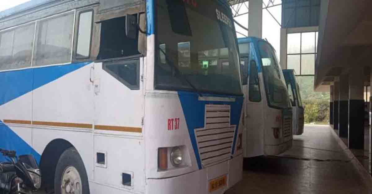 KSRTC services badly hit as employees hold strike