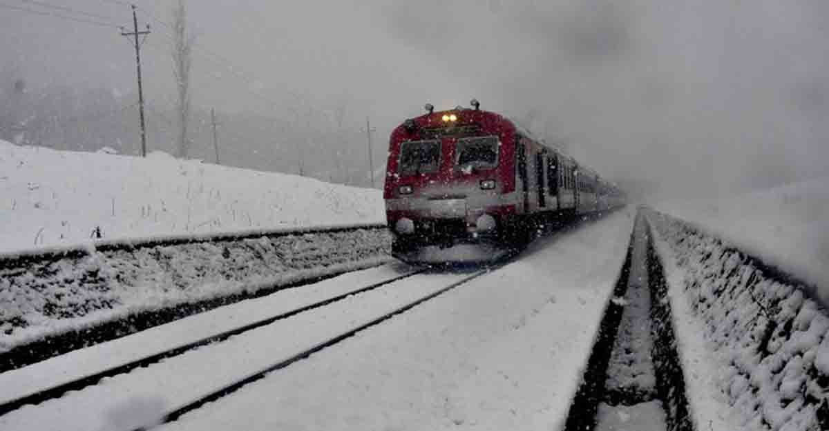 Seven most breathtaking train routes in India