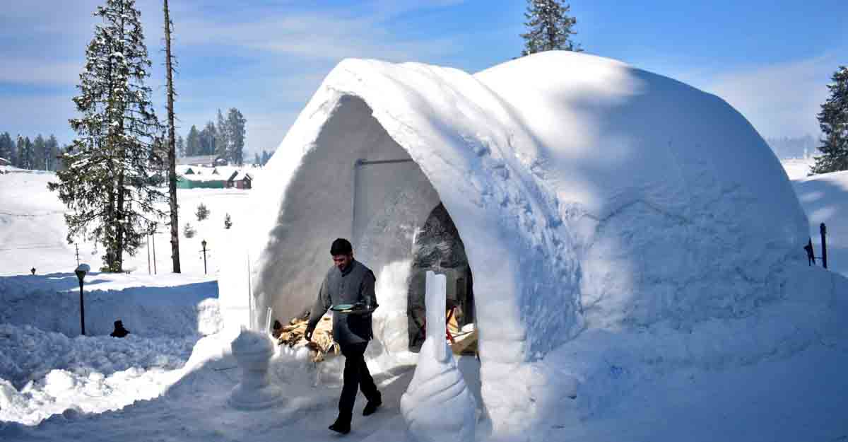 India gets its first igloo cafe in Kashmir's Gulmarg
