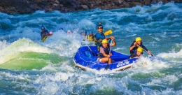 Almost 8,000 tourists in 10 days; Rishikesh river rafting is a rage again
