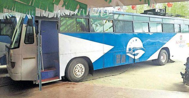 KSRTC's 'sleeper buses' parked at Munnar depot a big hit